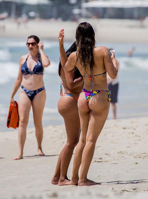 Copacabana Beach Dental Floss Bikinis  Bob20  Blipfoto-4810